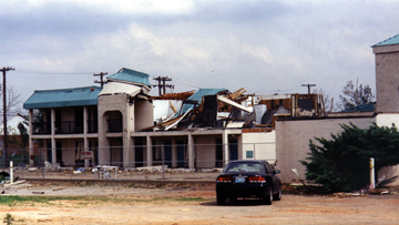 hotel_tornado